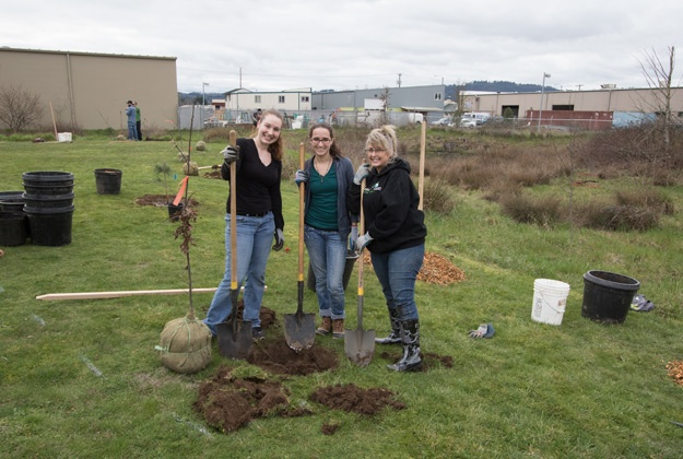 Mountain Rose Herbs Partnership with Friends of Trees