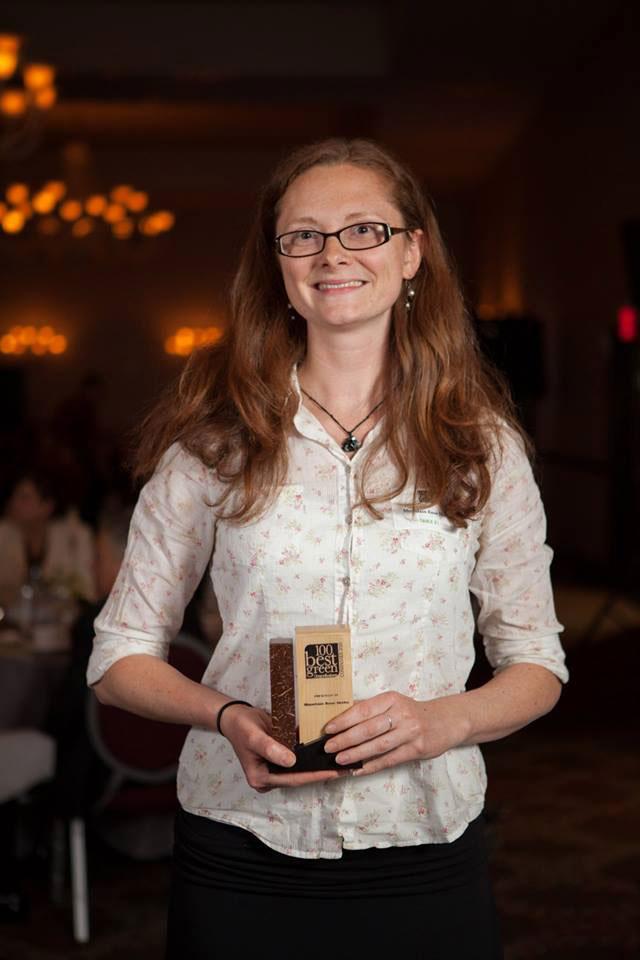 Allysa-with-Oregon-Green-Business-Award-2