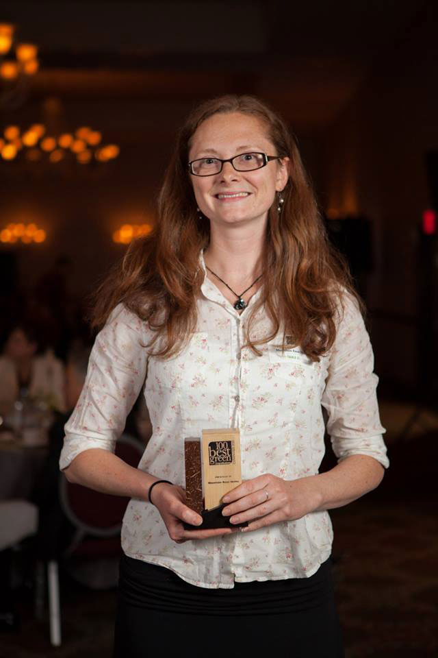 Allysa-with-Oregon-Green-Business-Award-2