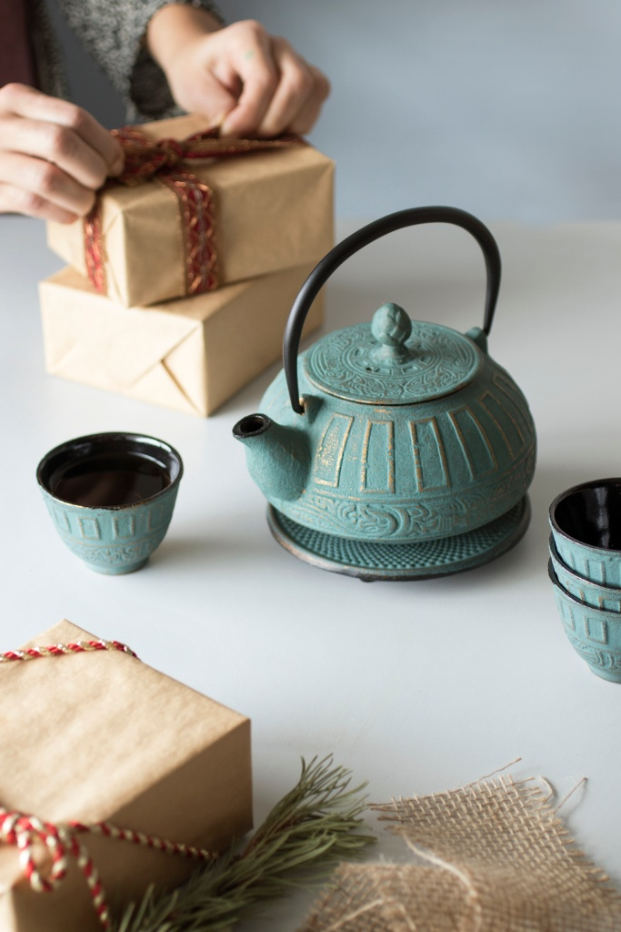 Mountain Rose Herbs- Cast Iron Tea Pot