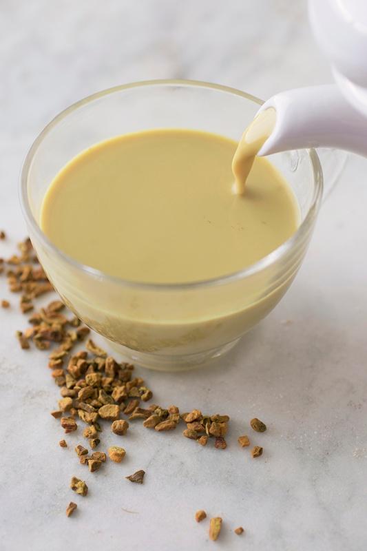 Turmeric Tea: Golden Milk & Chai Recipe