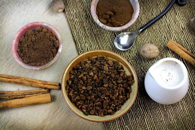 Roast chicory with cinnamon sticks