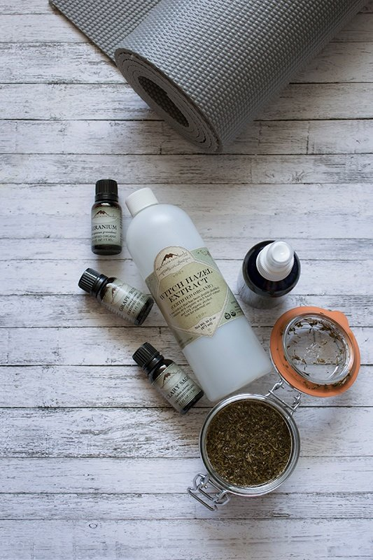 Ingredients for making your own yoga mat spray
