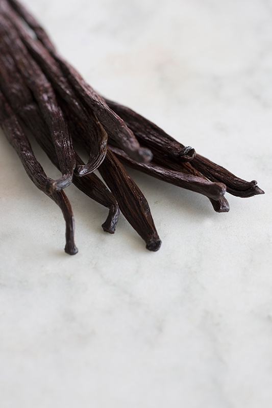 Easy Homemade Vanilla Extract Recipe