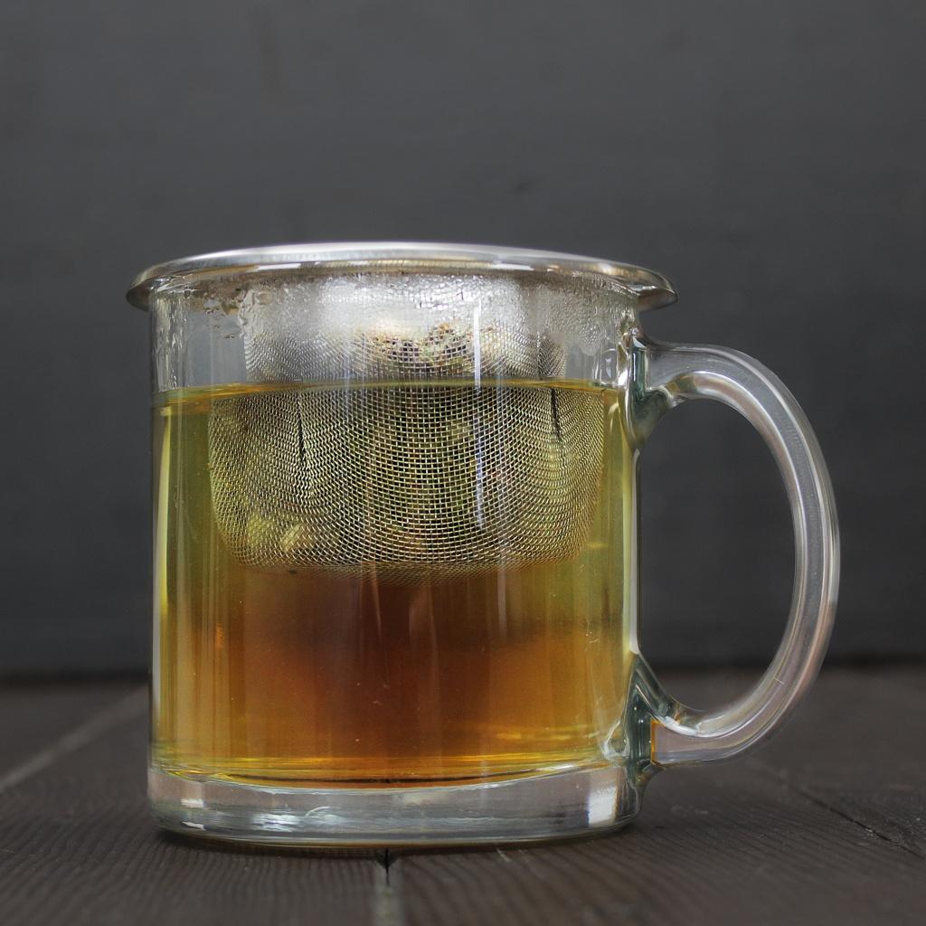 moringa tea brewing