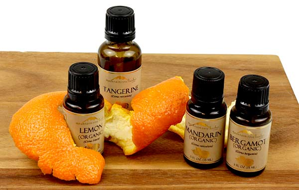 Why Cold Extraction for Citrus Essential Oils?