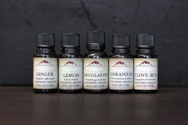 How to Make Herbal Potpourri