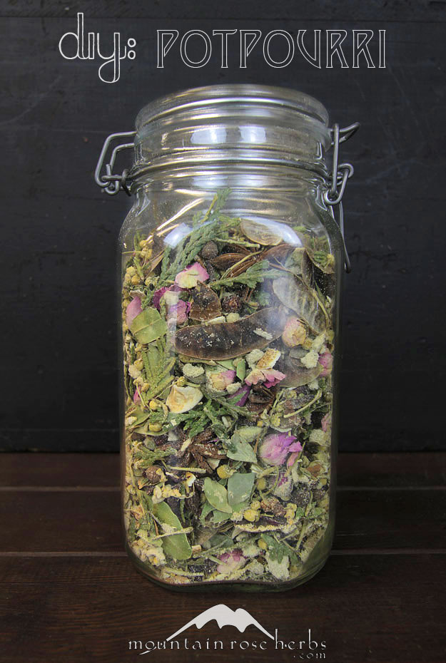 How to Make Herbal Potpourri