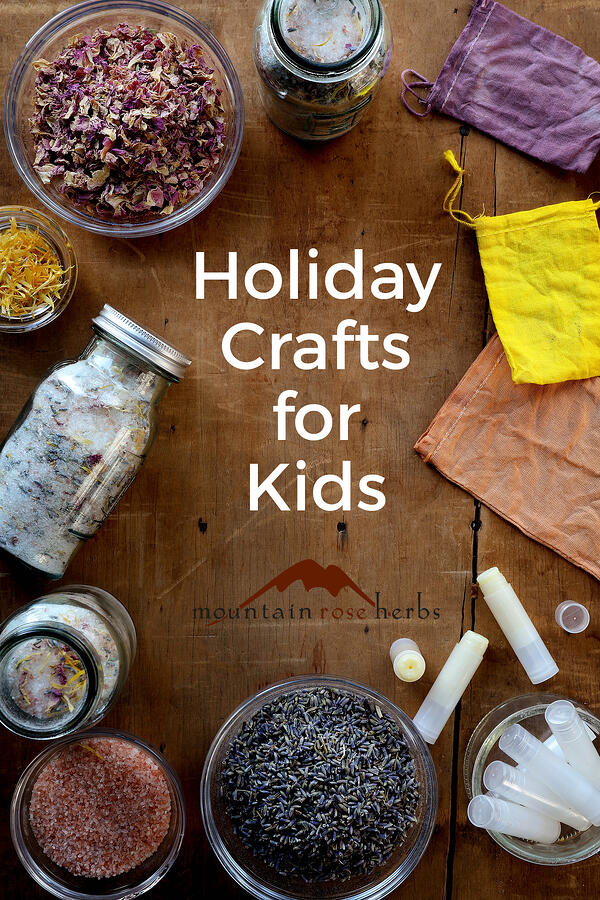 Nature Crafts: Herbal Holiday Crafts for Kids Pinterest Pin for Mountain Rose Herbs