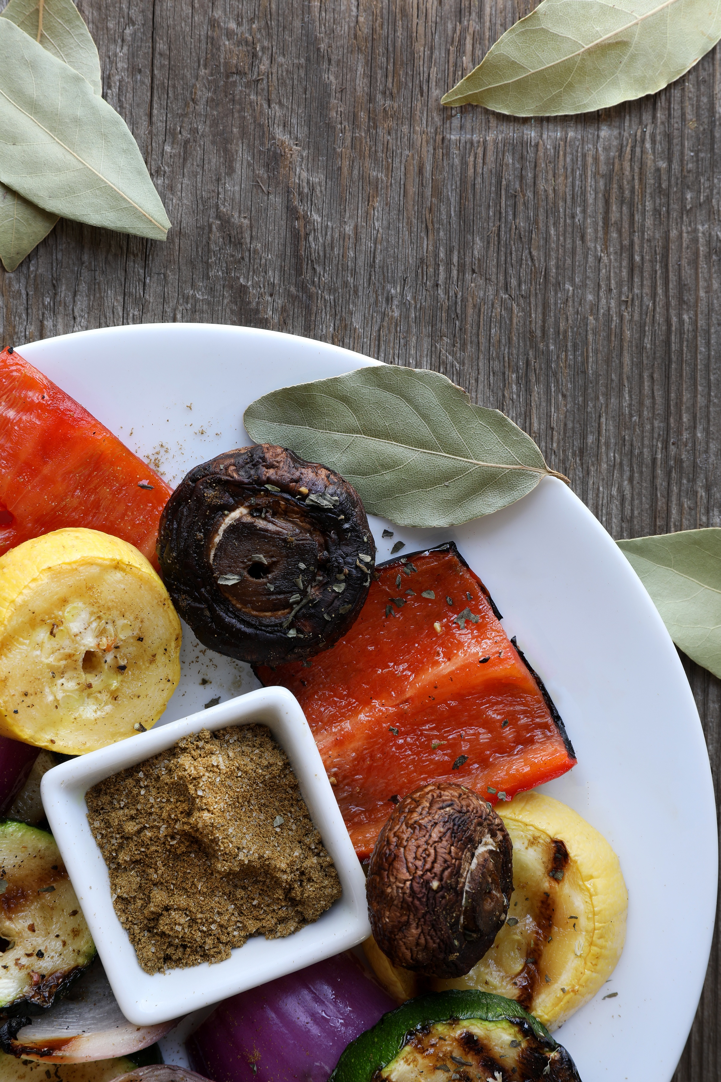Grilled vegetables with gourmet salt and spices