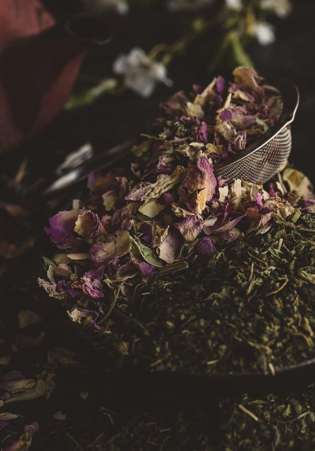 Rose and nettle leaf formula